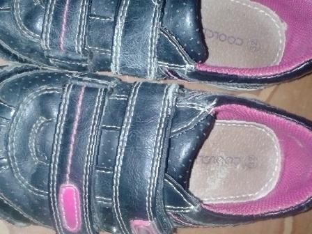 4ccca376c Купить туфли+ подарок(кроссовки) р-р 32 в Батайске, цена 500 рублей ...