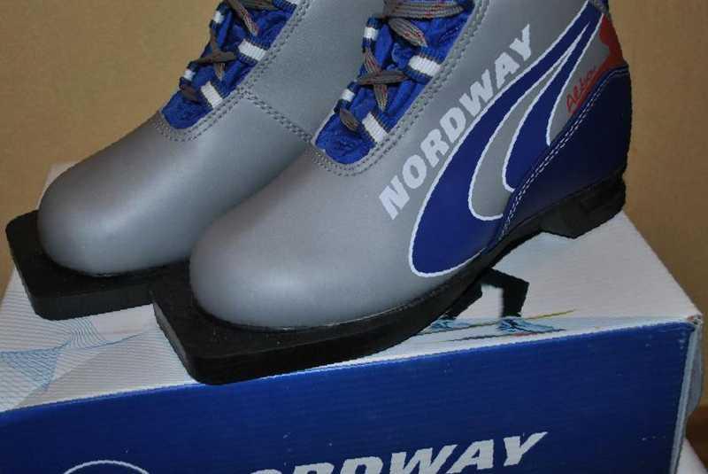 b9fd23fb444f Фото  Купить детские лыжные ботинки Nordway, бу в Сумкине, цена 880 рублей —