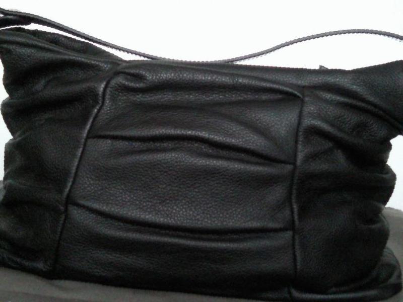 f690e331678b Фото: Купить сумка Francesco Biasia Италия Оригинал кожа в Новосибирске —  объявление