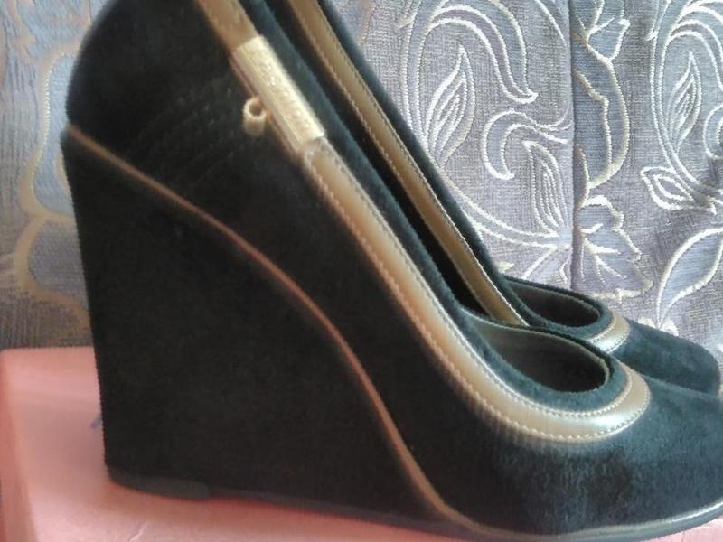 1f6c3d8a8 Фото: Продаю туфли фирмы на танкетке, цена 1800 рублей — объявления в Улан-
