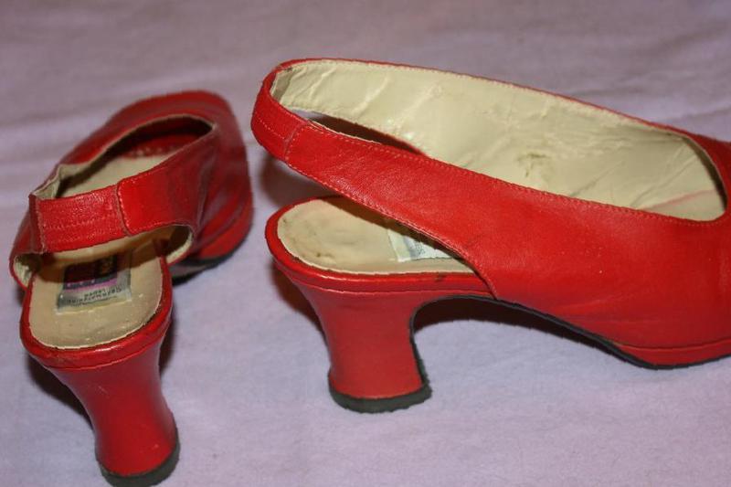 a660ec9d9 Фото: Купить красные босоножки yorn boutique Германия в Томске — объявление