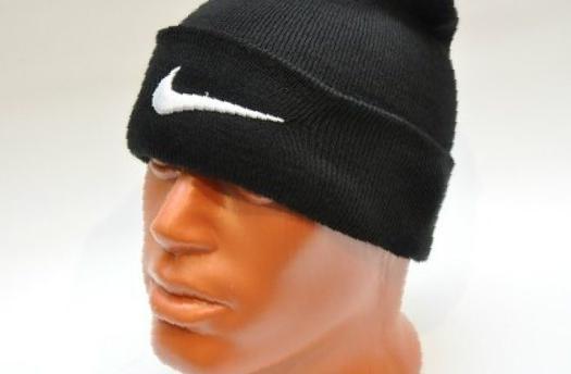 7156abc6 Фото: Купить зимние шапки Adidas Nike оптом в Сергиевом Посаде, цена 30  рублей —